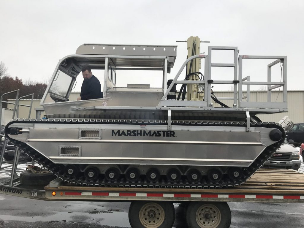 MM-3 Marshmaster amphibious track rig
